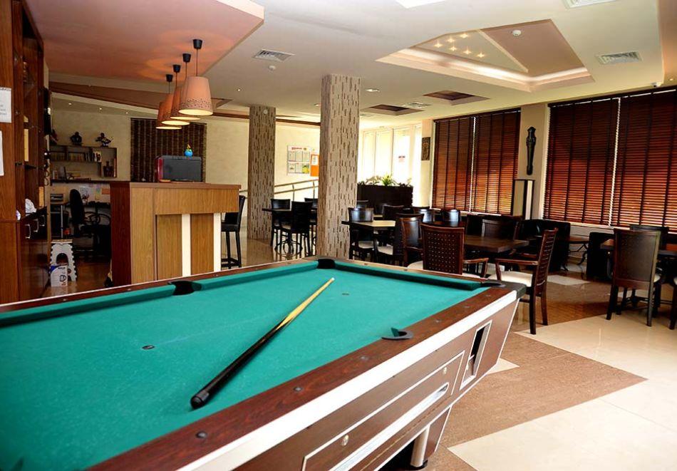 Нощувка на човек със закуска, обяд* и вечеря + басейн в хотел Левел, Приморско, снимка 13