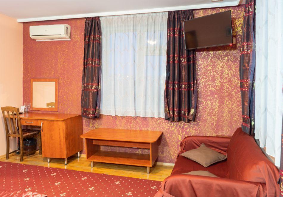 Хотел Дипломат Парк, Луковит, снимка 5