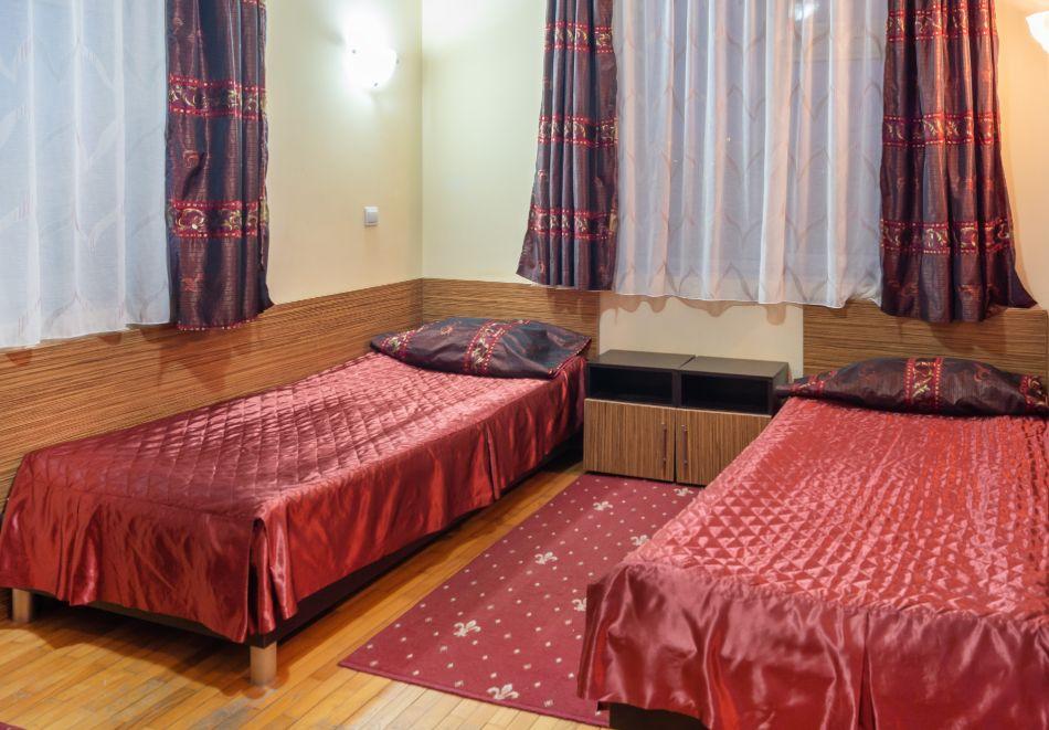 Хотел Дипломат Парк, Луковит, снимка 4