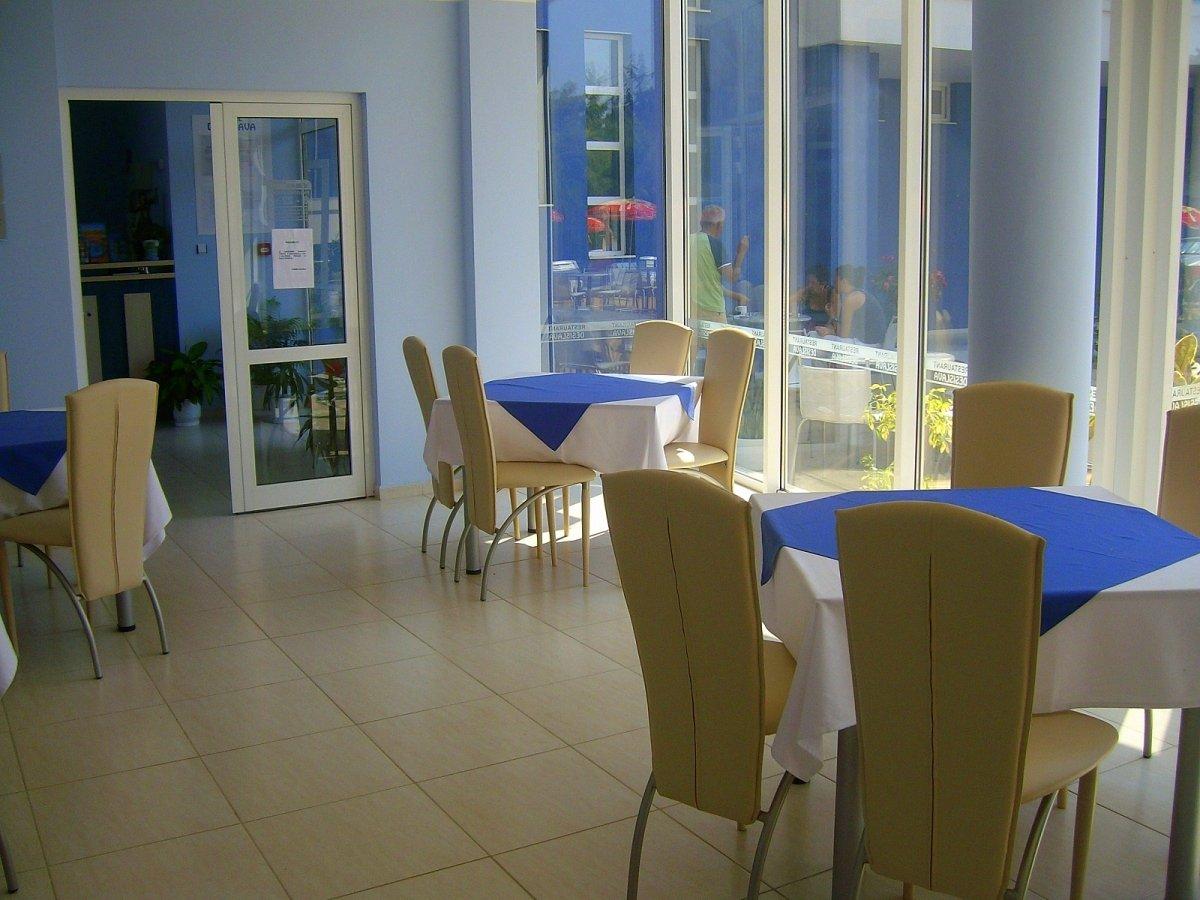 Нощувка със закуска за двама в хотел Десислава, Равда, снимка 9