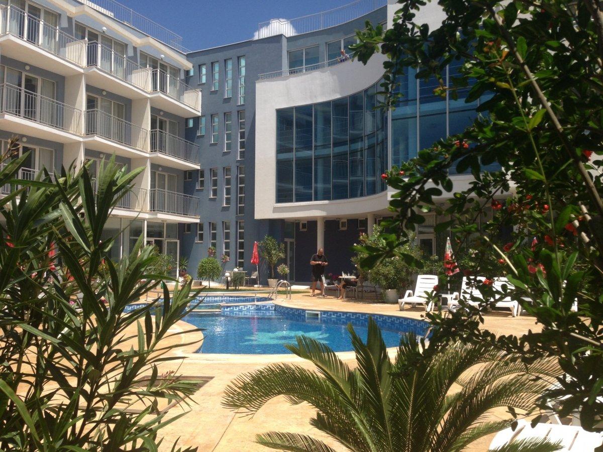 Нощувка със закуска за двама в хотел Десислава, Равда, снимка 3