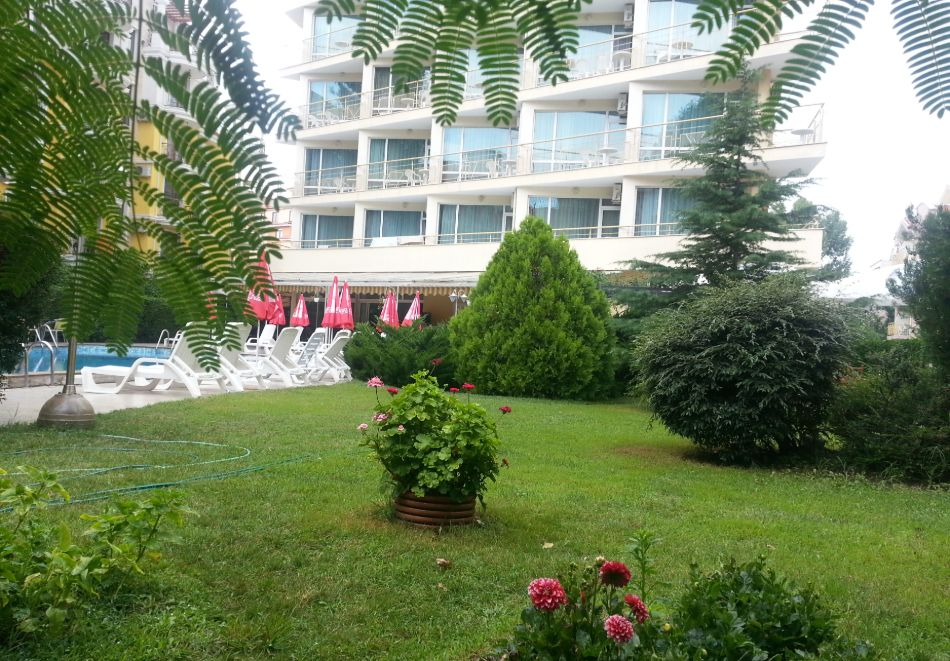 1, 2 или 3 нощувки на човек със закуски + басейн в хотел Дева, Слънчев бряг. Дете до 12г. - безплатно, снимка 21