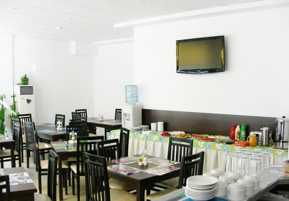 1, 2 или 3 нощувки на човек със закуски и вечери + басейн в хотел Дева, Слънчев бряг. Дете до 12г. - безплатно!, снимка 20