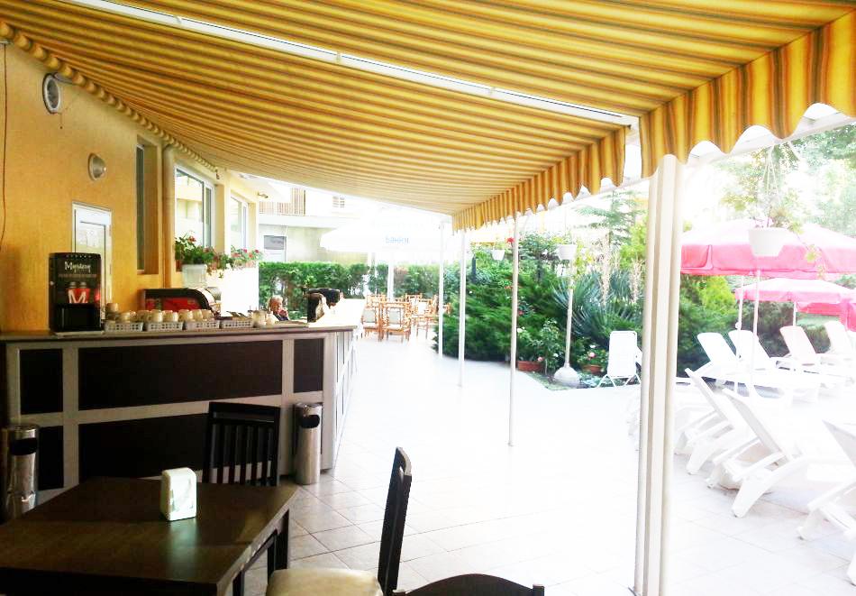 1, 2 или 3 нощувки на човек със закуски + басейн в хотел Дева, Слънчев бряг. Дете до 12г. - безплатно, снимка 15