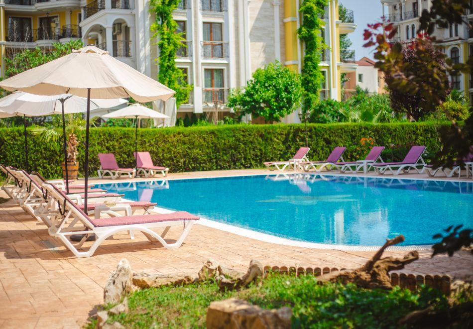 3 нощувки на човек на база All inclusive light + басейн в Апарт хотел Магнолия Гардън, Слънчев бряг, снимка 4