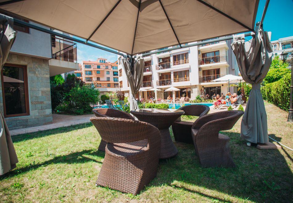 1, 2 или 3 нощувки на човек със закуски + басейн в Апарт хотел Магнолия Гардън, Слънчев бряг. Дете до 12г. - безплатно, снимка 28