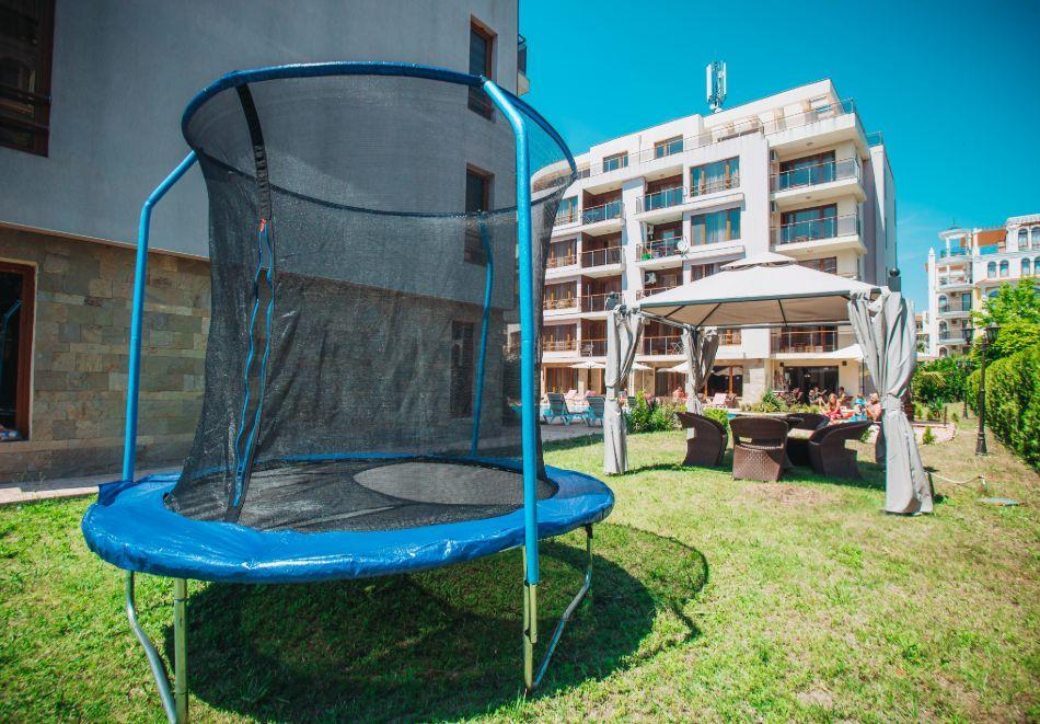1, 2 или 3 нощувки на човек със закуски + басейн в Апарт хотел Магнолия Гардън, Слънчев бряг. Дете до 12г. - безплатно, снимка 23