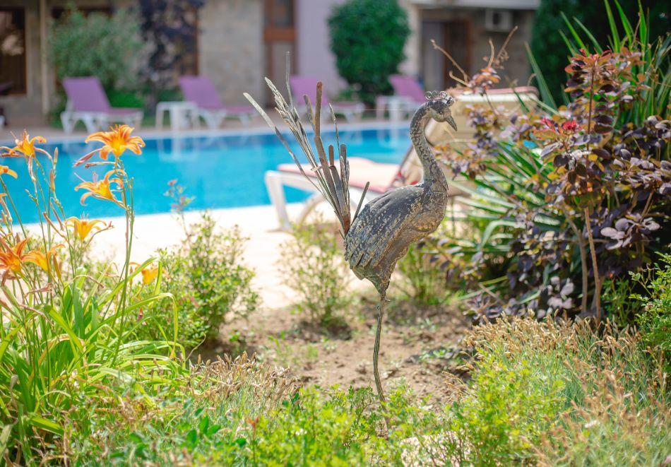 1, 2 или 3 нощувки на човек със закуски + басейн в Апарт хотел Магнолия Гардън, Слънчев бряг. Дете до 12г. - безплатно, снимка 26