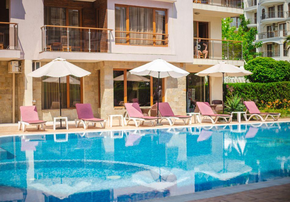 1, 2 или 3 нощувки на човек със закуски + басейн в Апарт хотел Магнолия Гардън, Слънчев бряг. Дете до 12г. - безплатно, снимка 5