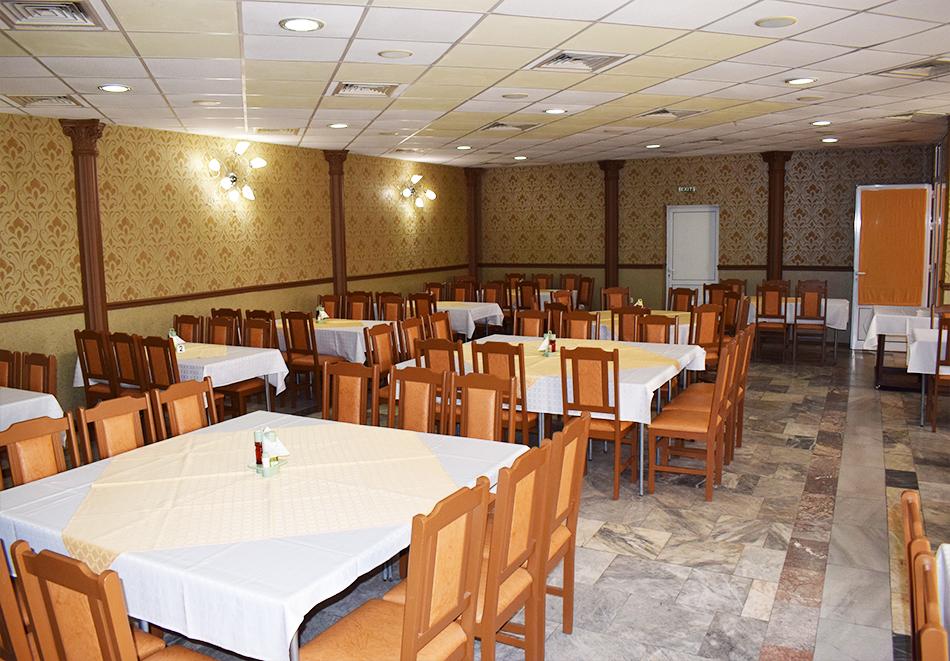 Майски празници в Балнео-хотел Свети Мина, Бургаски минерални бани! 3 или 5 нощувки на човек със закуски, обеди и вечери + балнео процедури или минерален басейн и СПА пакет, снимка 16