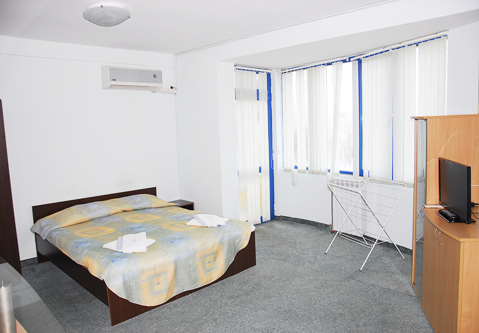 Майски празници в Балнео-хотел Свети Мина, Бургаски минерални бани! 3 или 5 нощувки на човек със закуски, обеди и вечери + балнео процедури или минерален басейн и СПА пакет, снимка 14