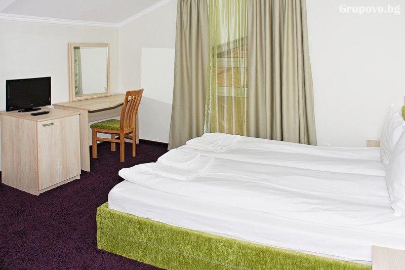 2 нощувки на човек със закуски и вечери + релакс зона в семеен хотел Свети Георги, Велинград, снимка 9