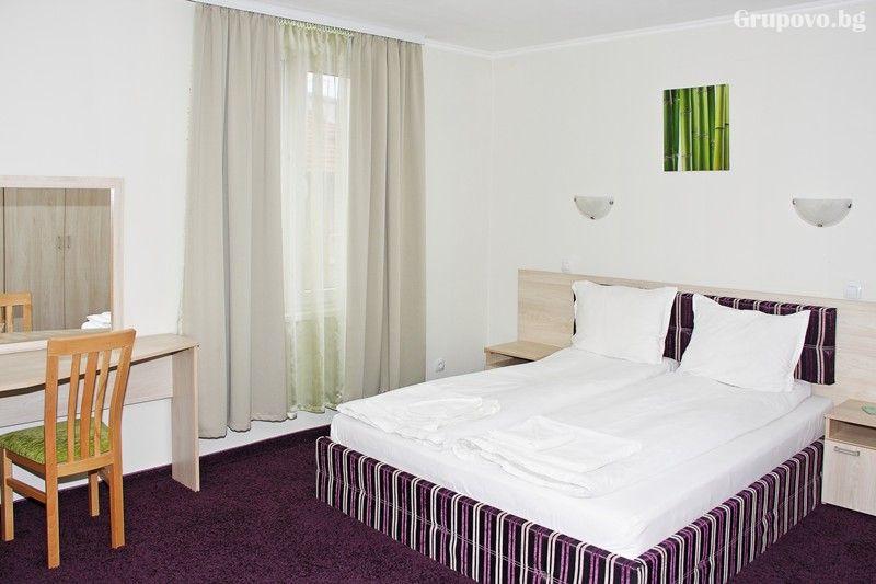 2 нощувки на човек със закуски и вечери + релакс зона в семеен хотел Свети Георги, Велинград, снимка 11