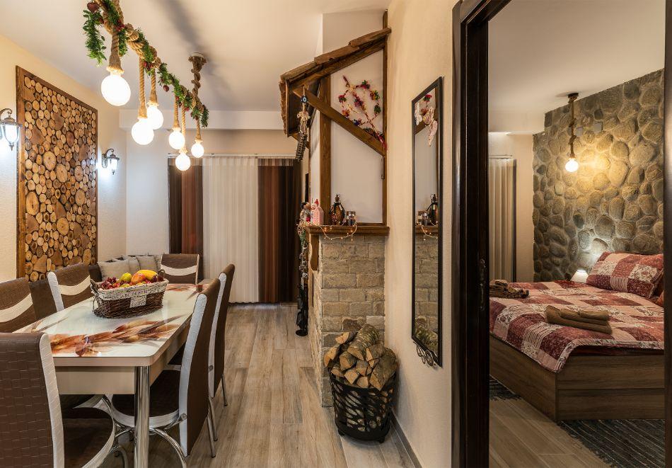 Нощувка за петима от апартаменти за Гости Ковачева 2, Банско, снимка 6