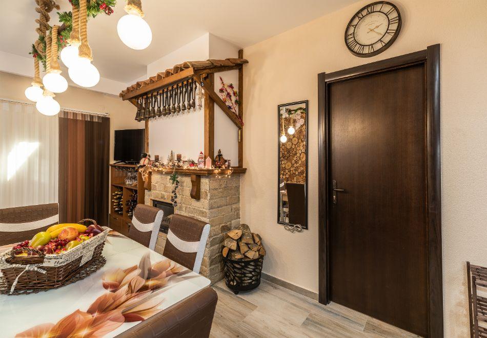 Нощувка за петима от апартаменти за Гости Ковачева 2, Банско, снимка 7
