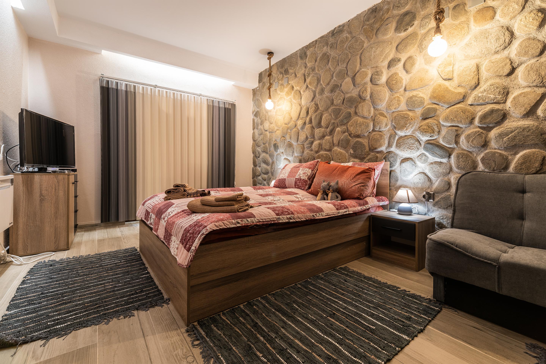 Нощувка за петима от апартаменти за Гости Ковачева 2, Банско, снимка 13