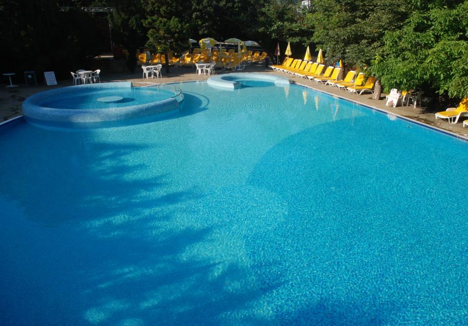 ТОП СЕЗОН в Златни пясъци! Нощувка на човек на база All Inclusive + басейн в хотел Екселсиор****. Дете до 13г. - БЕЗПЛАТНО!, снимка 5