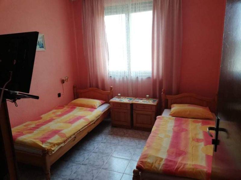 Нощувка за двама, трима или четирима от къща за гости Василеви, Синеморец, снимка 3