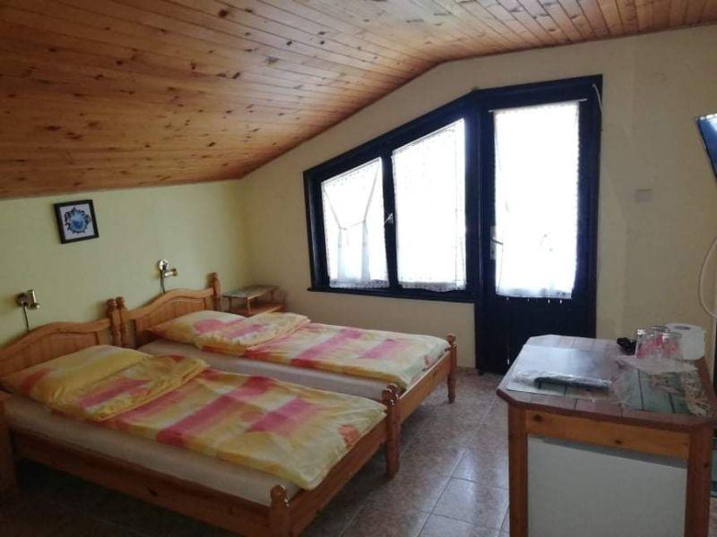 Нощувка за двама, трима или четирима от къща за гости Василеви, Синеморец, снимка 6