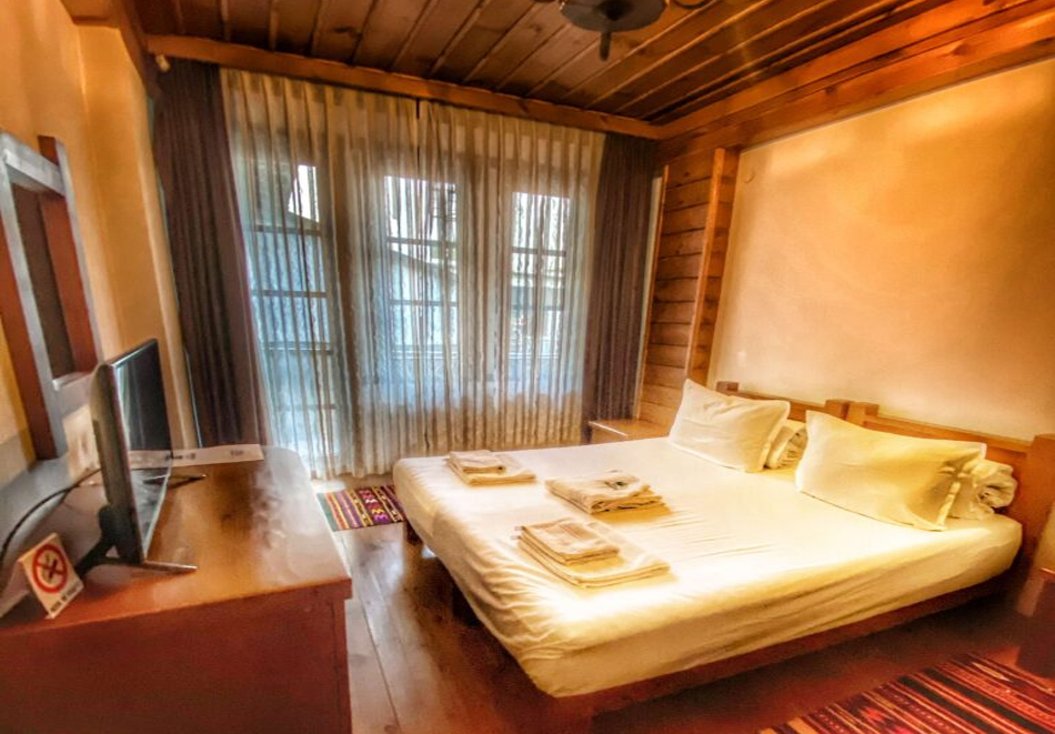 Три нощувки на човек със закуски и вечери + басейн и релакс център в хотел Лещен, с. Лещен, снимка 13