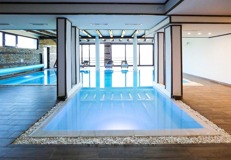 Три нощувки на човек със закуски и вечери + басейн и релакс център в хотел Лещен, с. Лещен, снимка 4