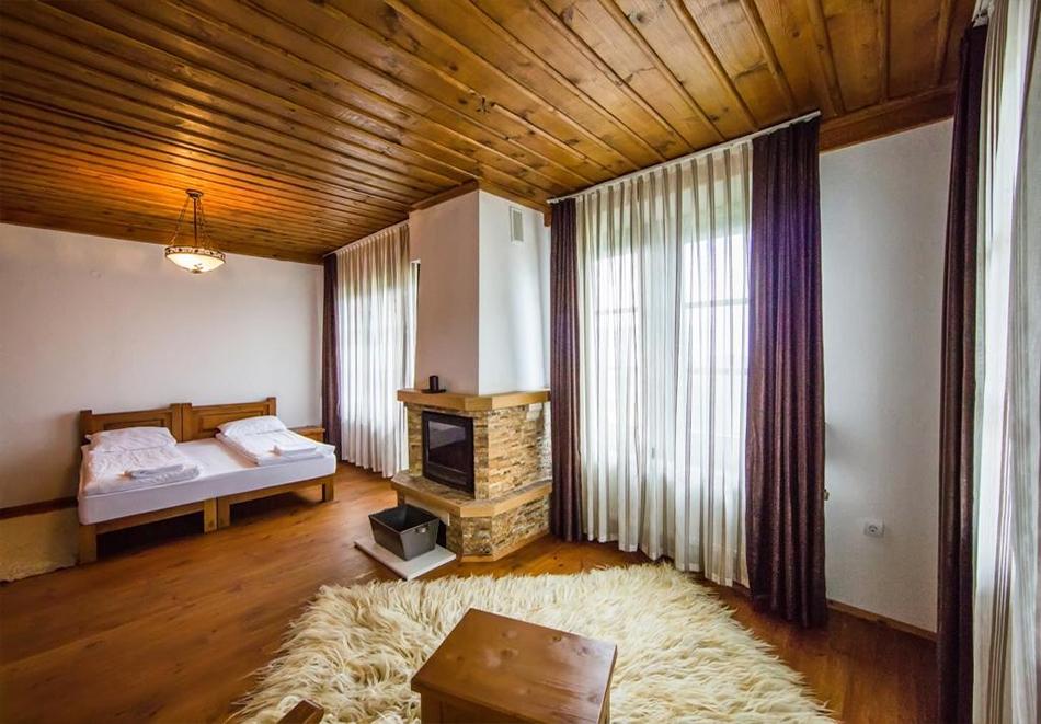 Три нощувки на човек със закуски и вечери + басейн и релакс център в хотел Лещен, с. Лещен, снимка 14
