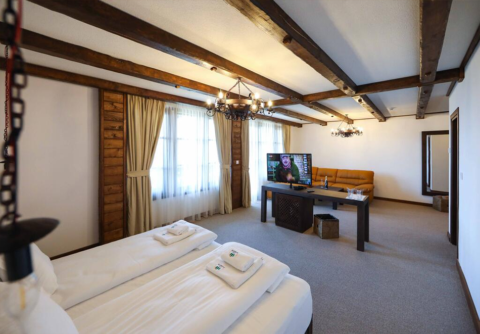 Три нощувки на човек със закуски и вечери + басейн и релакс център в хотел Лещен, с. Лещен, снимка 11