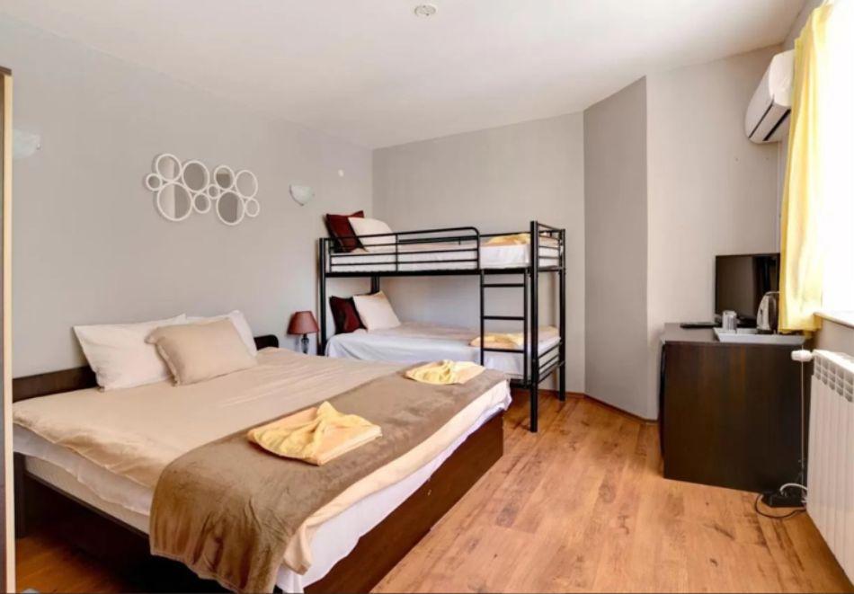 1, 2 или 3 нощувки на човек със закуски + релакс зона в Къща за гости Слънчев цвят, Цигов чарк, снимка 13