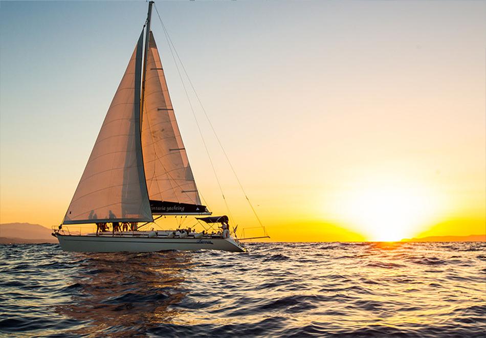 1 час разходка с яхта за до 12 човека + екипаж и гориво от Яхта Мис Мелина, снимка 4