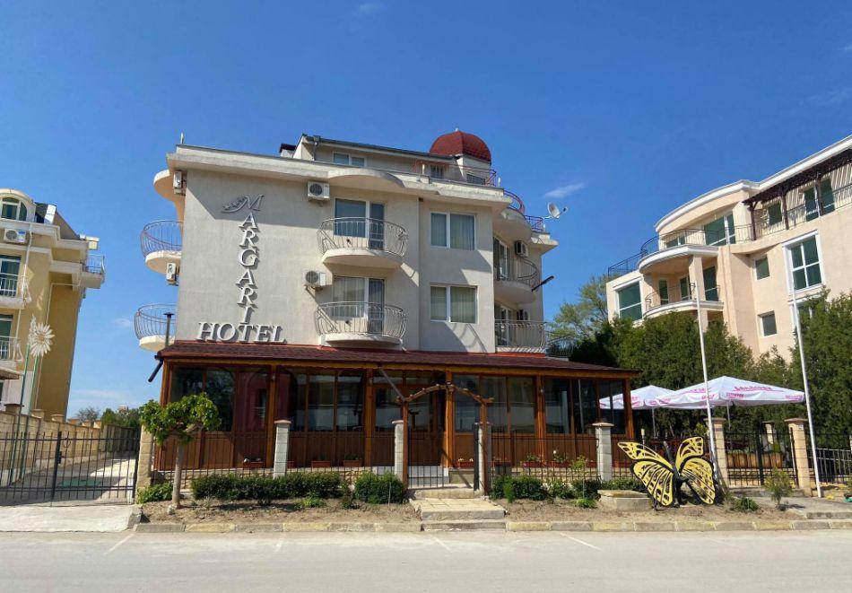 Семеен хотел Маргарита, Кранево, снимка 4