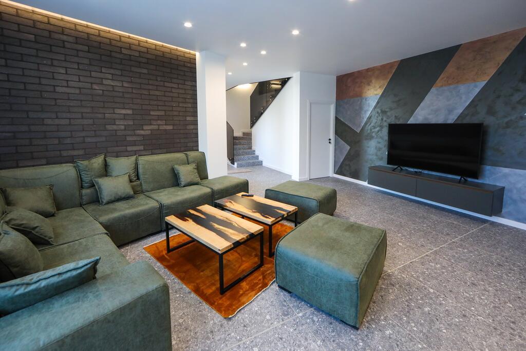Нощувка със закуска с капацитет до 8 човека + сауна и джакузи с минерална вода от Къща за гости Графит, Огняново, снимка 8