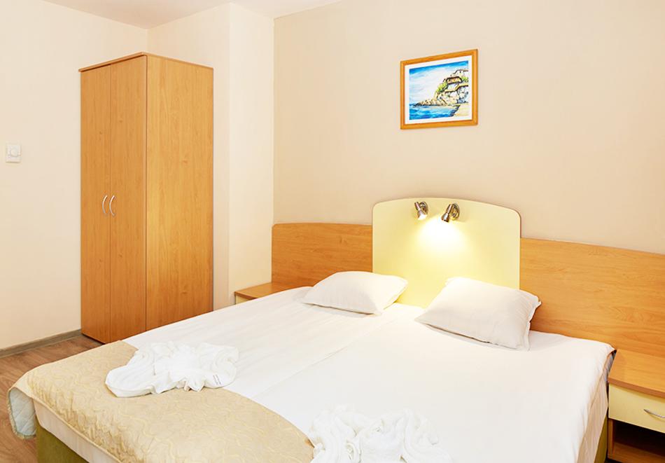 Нощувка на човек на база All Inclusive + басейн в хотел Диамант****, Слънчев бряг. Дете до 12.99 г. - БЕЗПЛАТНО, снимка 6