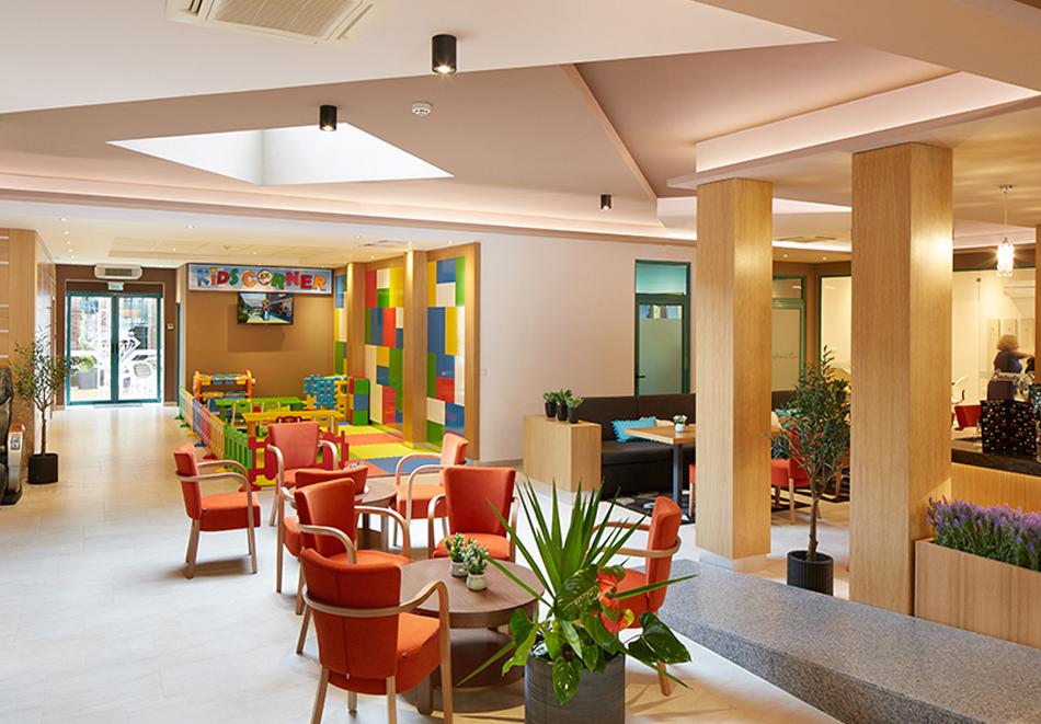 Нощувка на човек на база All Inclusive + басейн в хотел Диамант****, Слънчев бряг. Дете до 12.99 г. - БЕЗПЛАТНО, снимка 12