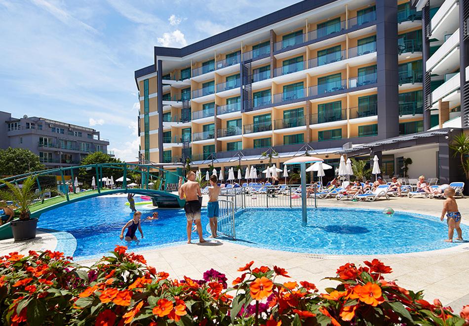 Нощувка на човек на база All Inclusive + басейн в хотел Диамант****, Слънчев бряг. Дете до 12.99 г. - БЕЗПЛАТНО, снимка 4