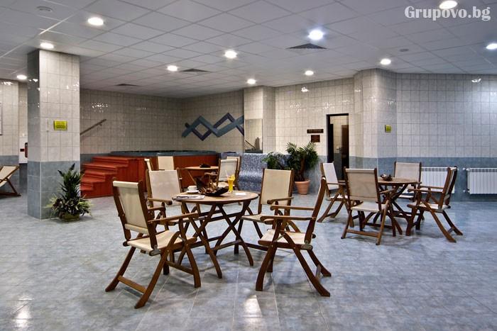Уикенд в Боровец! Нощувка на човек със закуска и вечеря* + басейн и релакс зона в хотел Флора****. Дете до 11.99г. - БЕЗПЛАТНО, снимка 22