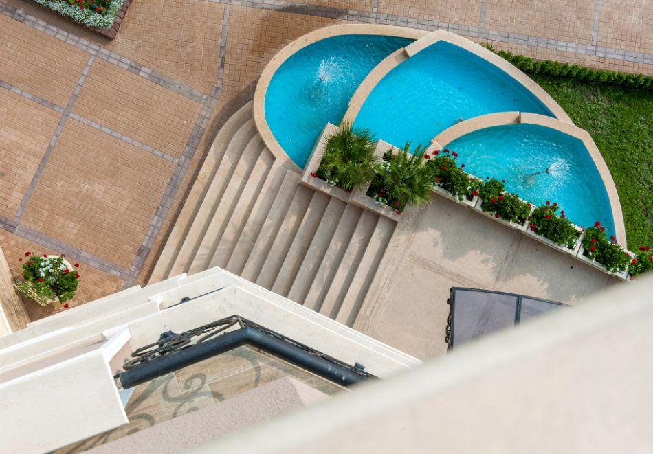Почивка до Сандански! Нощувка на човек със закуска + басейн и СПА от хотел Мантар, с. Марикостиново, снимка 8