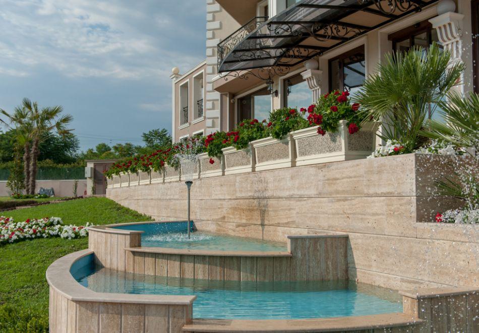 Почивка до Сандански! Нощувка на човек със закуска + басейн и СПА от хотел Мантар, с. Марикостиново, снимка 9