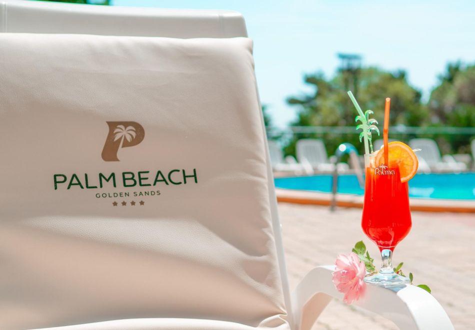 Почивка в Златни пясъци на 30м. от плажа! Нощувка на човек със закуска и вечеря + басейн в хотел Палм Бийч, снимка 3