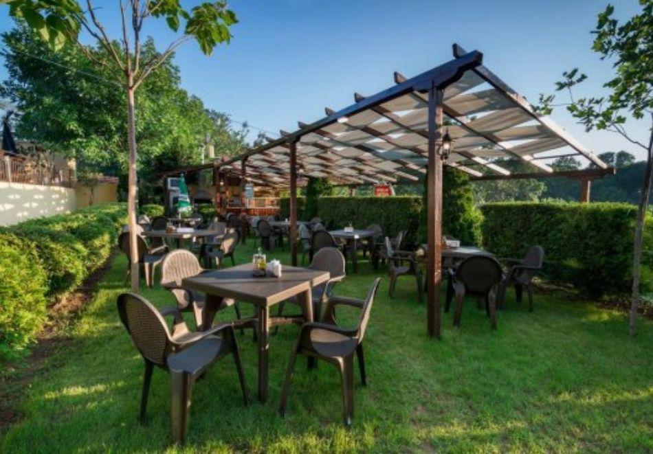 Нощувка на човек със закуска и вечеря + басейн в хотел Дайана бийч***, Синеморец, снимка 22