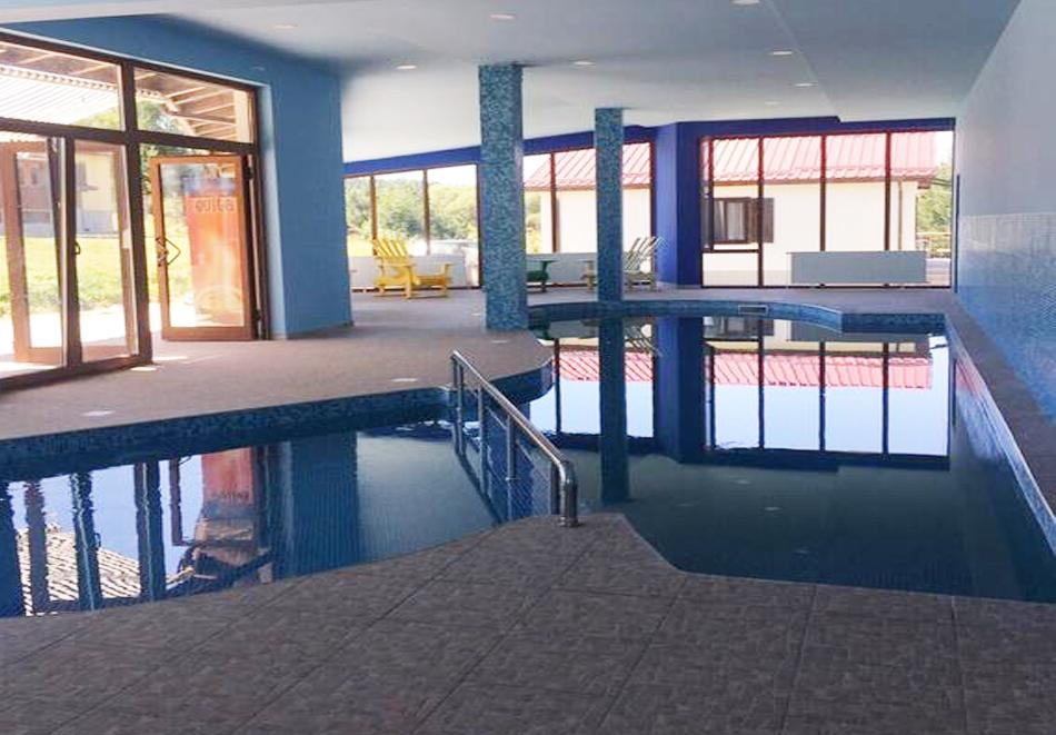 2 или 3 нощувки в самостоятелна къща за четирима + басейн в Комплекс Кали, Цигов Чарк, снимка 3