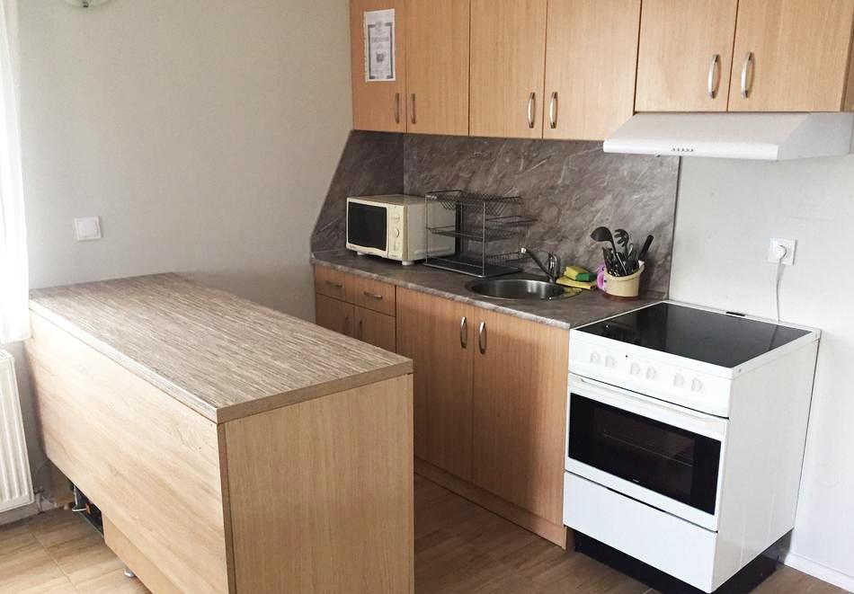 Релакс в Родопите! 2 или 3 нощувки в самостоятелна къща за четирима в Комплекс Кали, Цигов Чарк, снимка 5