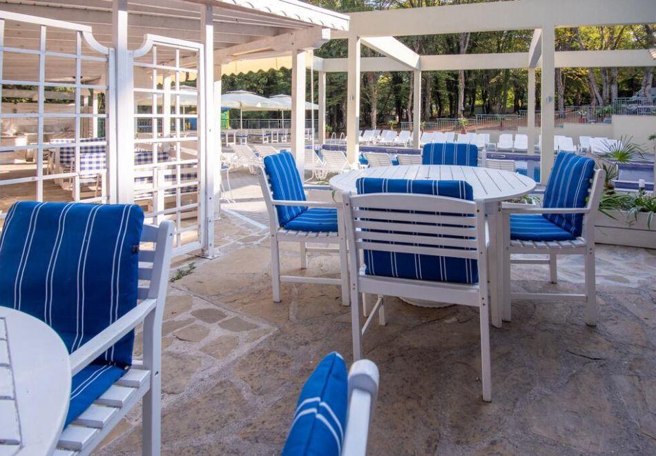 Нощувка на човек на база All Inclusive + басейн в хотел Ариана, Китен на 200м. от плажа. ДВЕ ДЕЦА ДО 11.99Г. БЕЗПЛАТНО., снимка 15