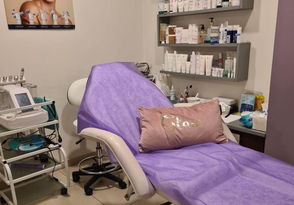 Комбинирана Лифтинг терапия на лице и шия с RF и биолифтинг от Салон за Красота Violett studio, Варна, снимка 6