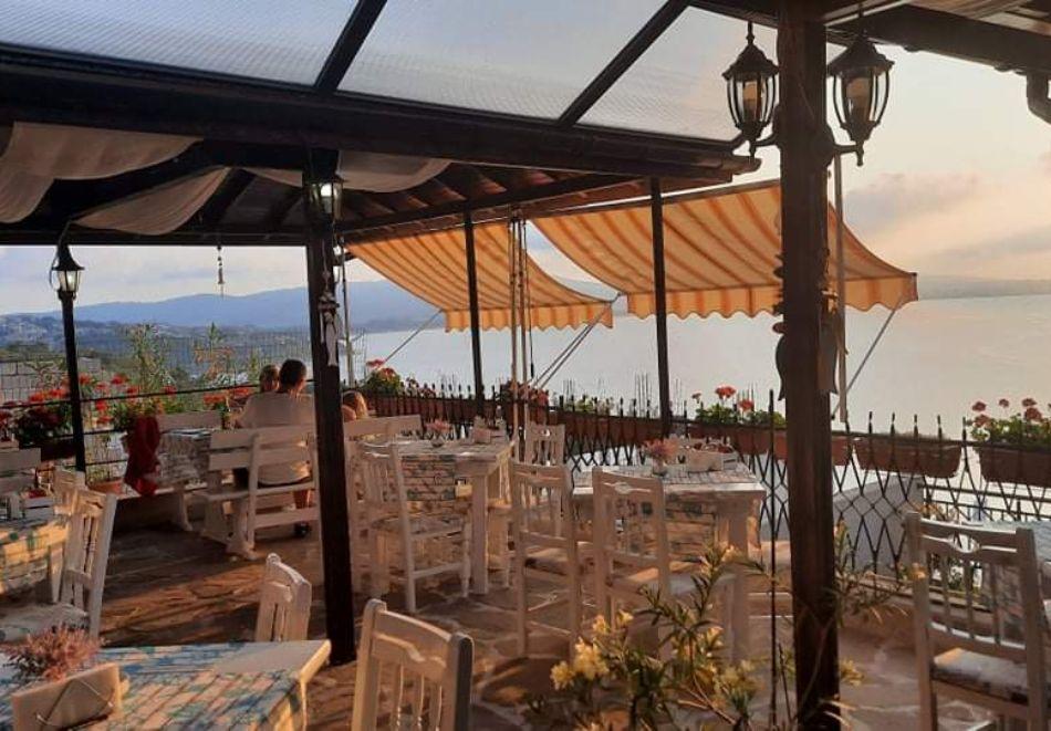 Нощувка на човек със закуска или закуска и вечеря в Къща за гости Орион, Созопол, снимка 7