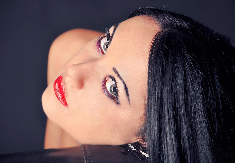 Дълбоко хидратираща терапия и Радиочестотен лифтинг на лице от Козметично студио Gold Stayle, Варна, снимка 2