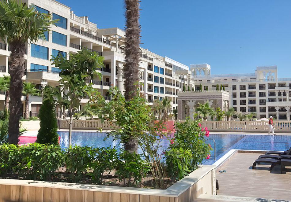Нощувка на човек на база All inclusive + 4 басейна и паркинг в апартхотел Аргищ Партез****, Златни Пясъци. На 150 м от брега на морето!, снимка 13