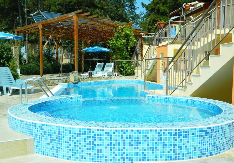 Лято 2021! Нощувка на човек със закуска + басейн в хотел Привилег, Слънчев Бряг!, снимка 3