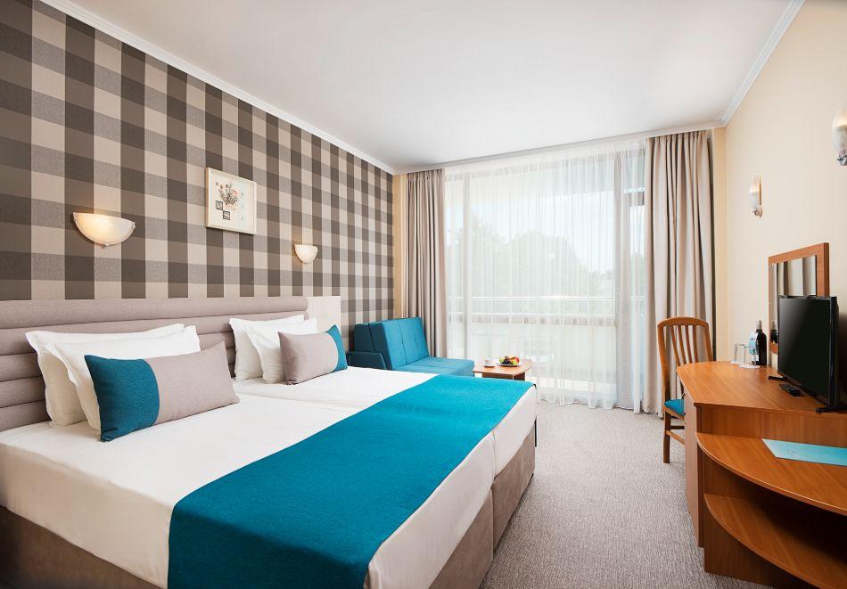 Нощувка на човек на база All Inclusive + басейн в хотел Мирабел****, Златни пясъци, снимка 10