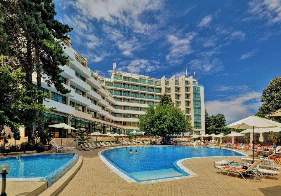 Нощувка на човек на база All Inclusive + басейн в хотел Мирабел****, Златни пясъци, снимка 8