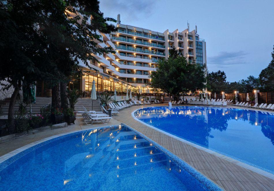 Нощувка на човек на база All Inclusive + басейн в хотел Мирабел****, Златни пясъци, снимка 5